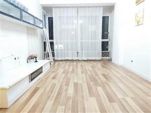 好房源奥园顶楼带阁楼楼下两室标户楼上厨房卧室卫生间露台
