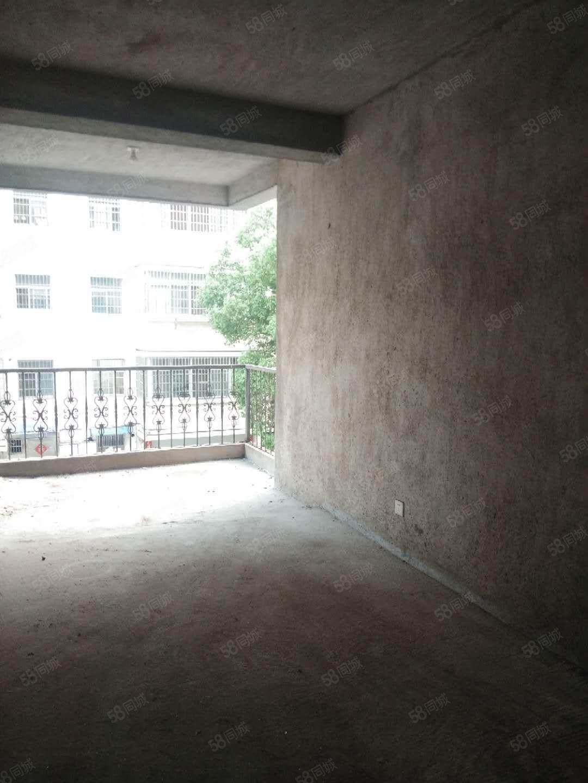 润达中心老城区鼓楼路步行街中间楼层稀缺毛坯房东诚售