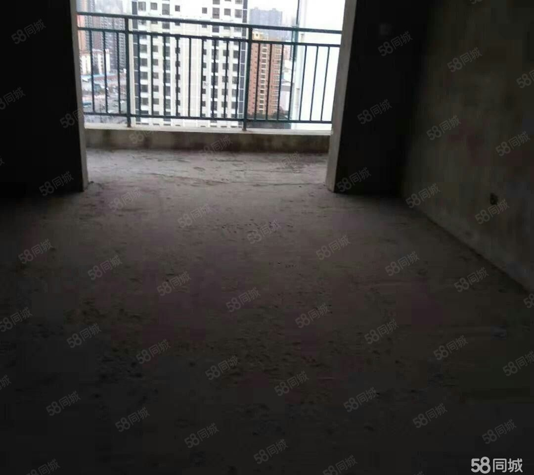 十里牌学区房中房君悦佳苑电梯房三房全面采光