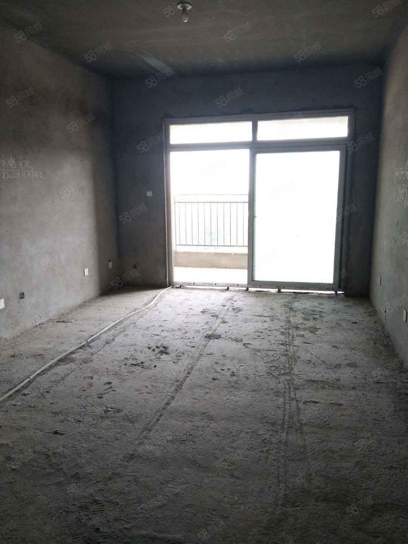 升禾寬世界電梯三房戶型朝南采光充足可以隨意裝修有證