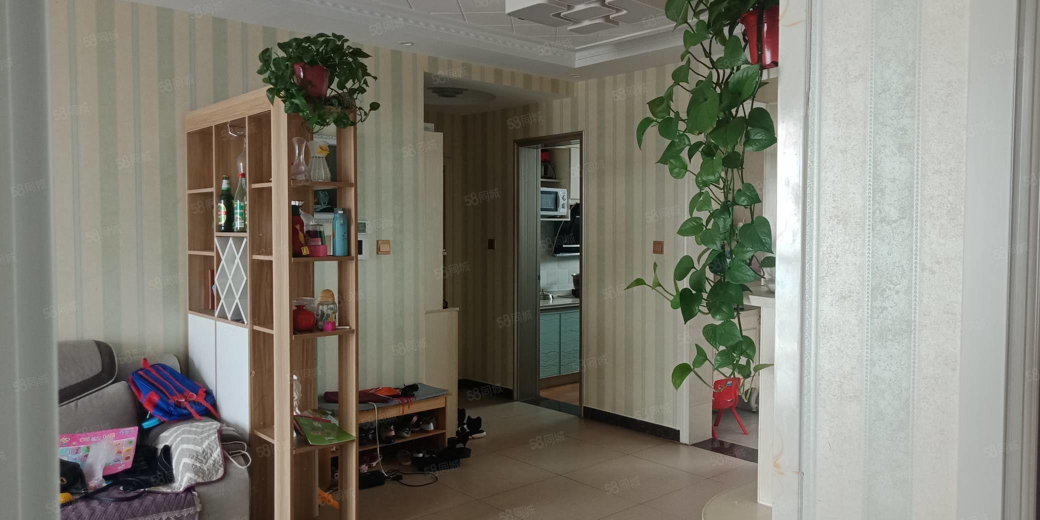 悦澜山有证可贷观景高层南北通透精装三室看房方便诚售