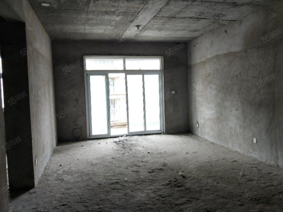 美景康城毛坯3房,有证满2年,可按揭,欢迎您随时看房,