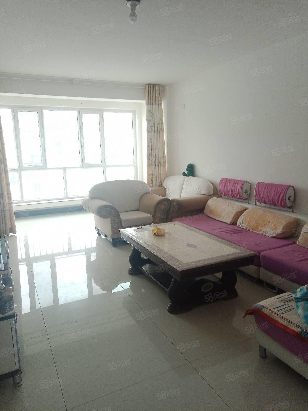 紫瑞园3室2厅1厨1卫干净整洁。新房寻求爱干净的您