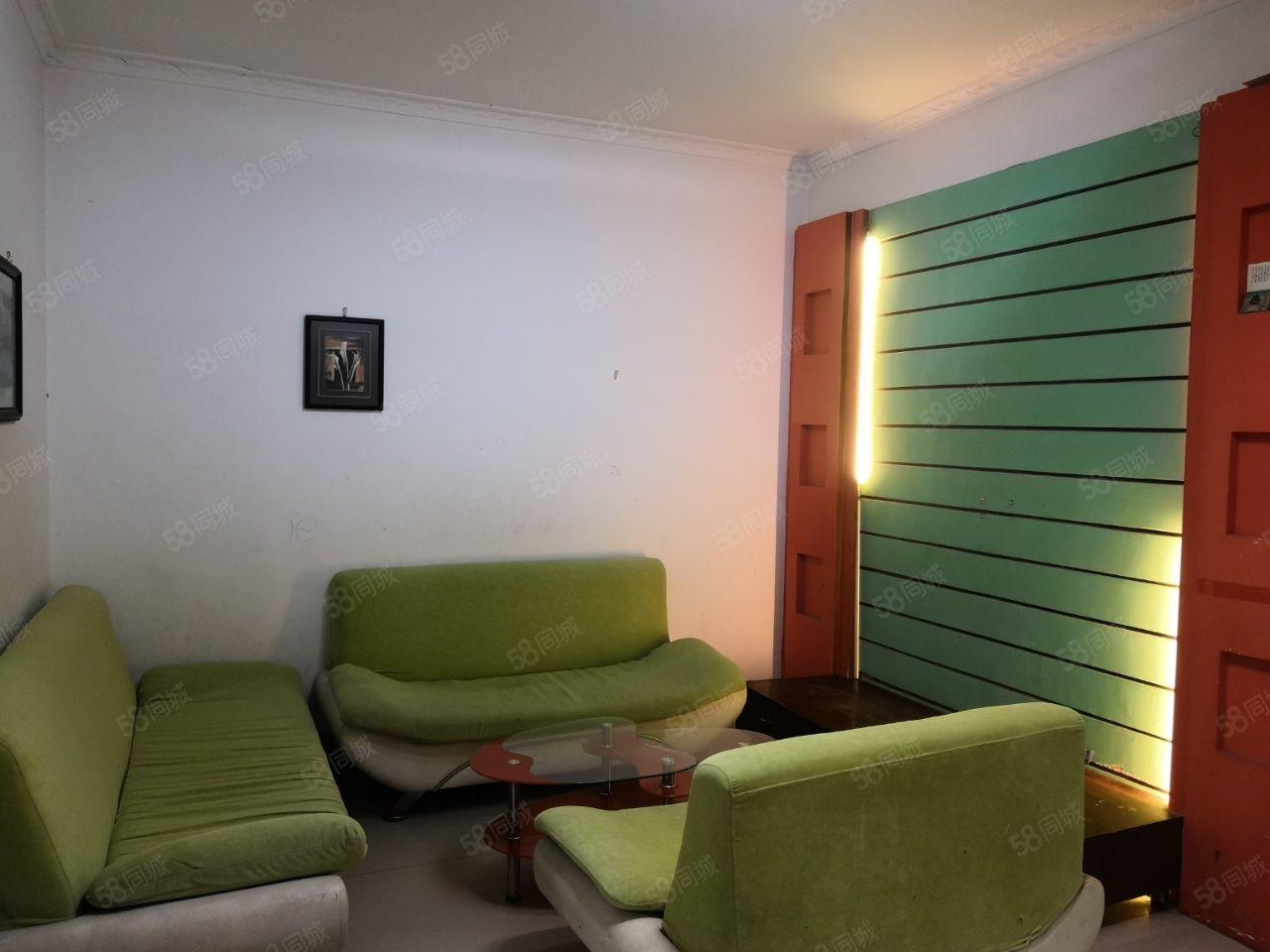 西湖國際旁望城小區三樓精裝二室家具家電