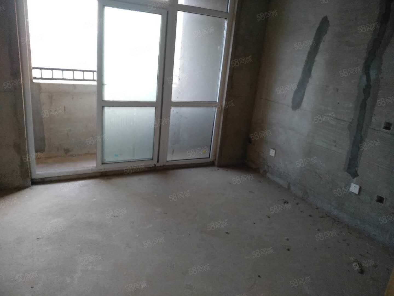 东区天明城53万.103平小三房电梯中层有证随时过户