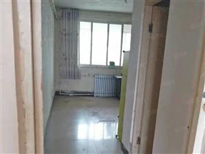 孔庄南区商品房4楼136.7平简装储藏室10平76万