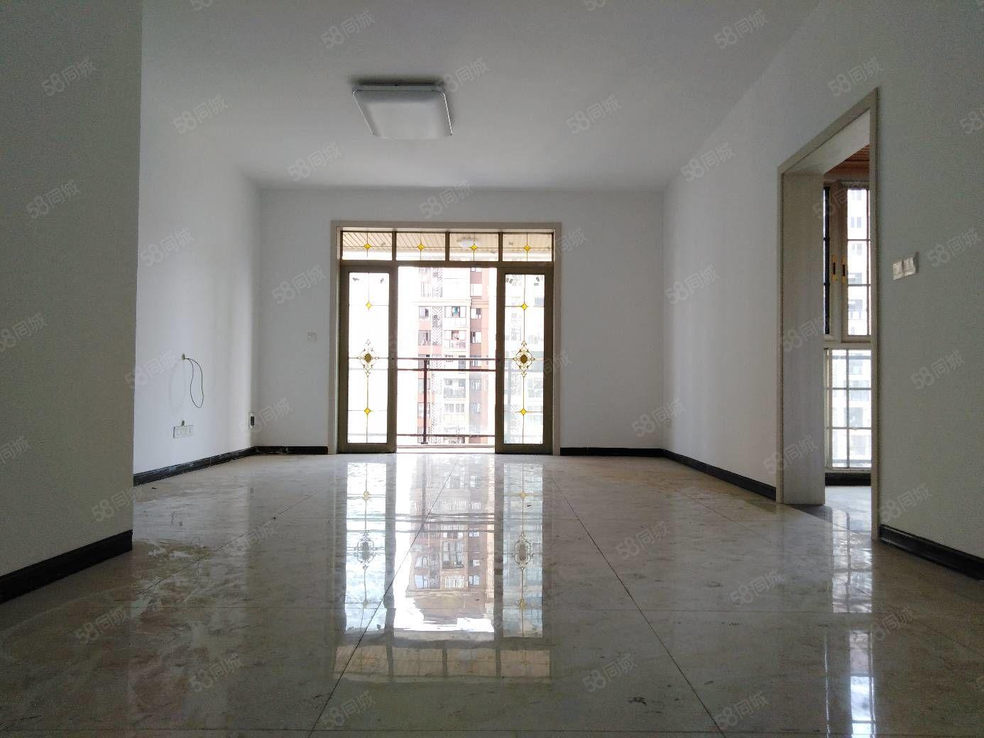 龙马潭高端小区玉带龙庭住家四房带产权车位价格优势的很