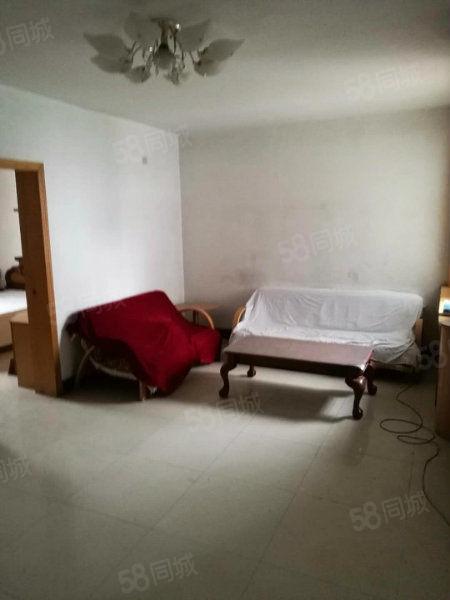 老城区公安局滨河小区2楼3室
