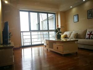 好房急售太白南路地铁口中天国际公寓三室二卫简欧式风格
