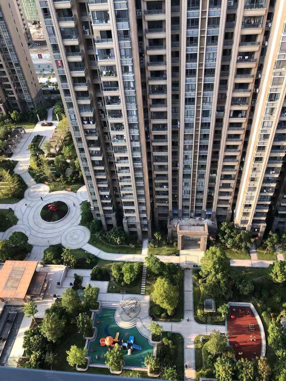 宁德市万达华城中心高层低总价醉好楼层稳定出售做三房视野好