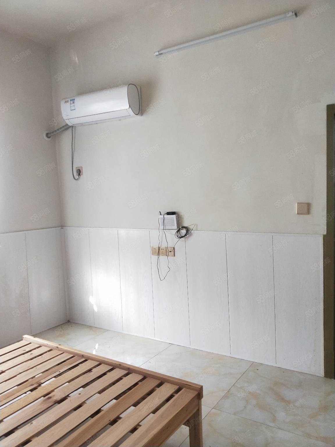 好房急租!銘心家園旁精裝修一室一廳可洗衣做飯環境好