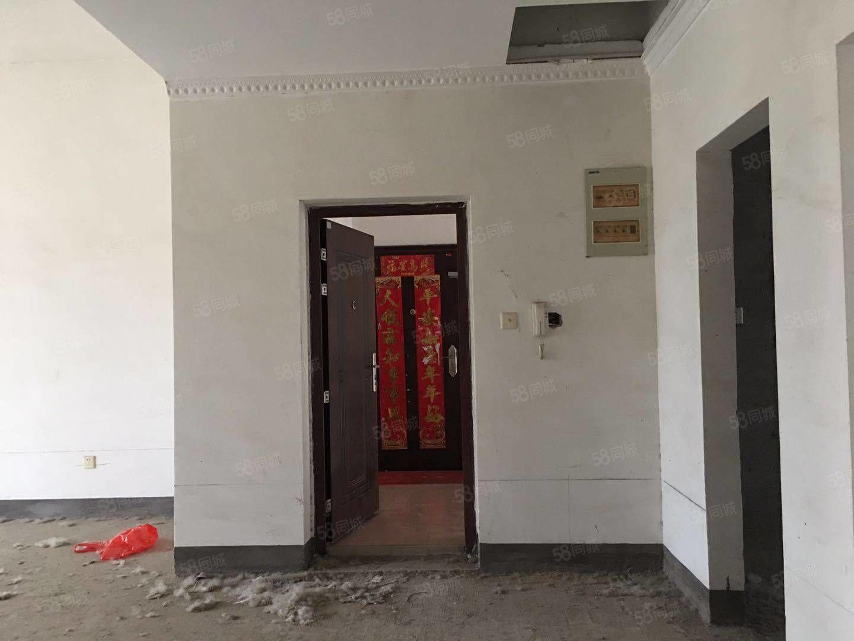 金澤源鄭梁梅學區房多層6樓帶閣樓毛坯送20平方車庫