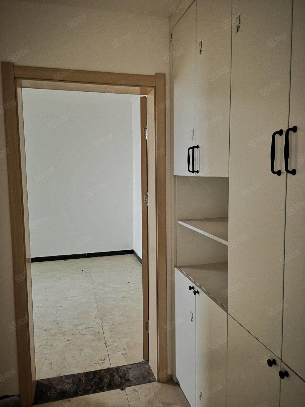 惠众苑安置两室一厅主次卧朝阳