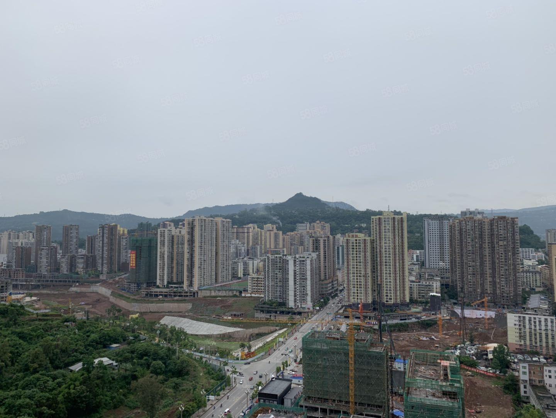 柳津桥国际城三层楼中楼8个原装卧室带50平私家花园