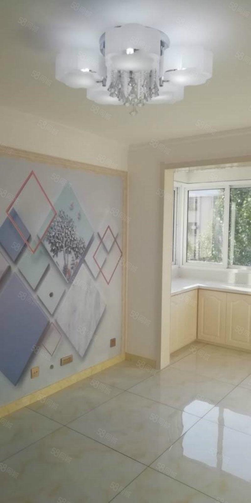 出售隆欣家园4楼精装修未住51平米南北卧室支持贷款16万