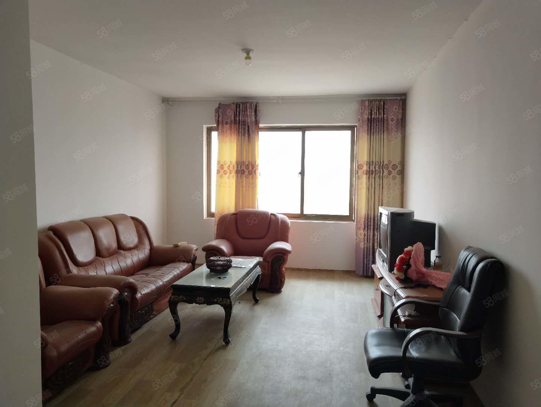 交通路南苑小區2室2廳1衛簡裝南北通透中間樓層采光好
