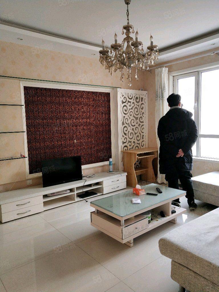大港东部海韵园,两室两厅,精装修,南北通透好户型,位置好
