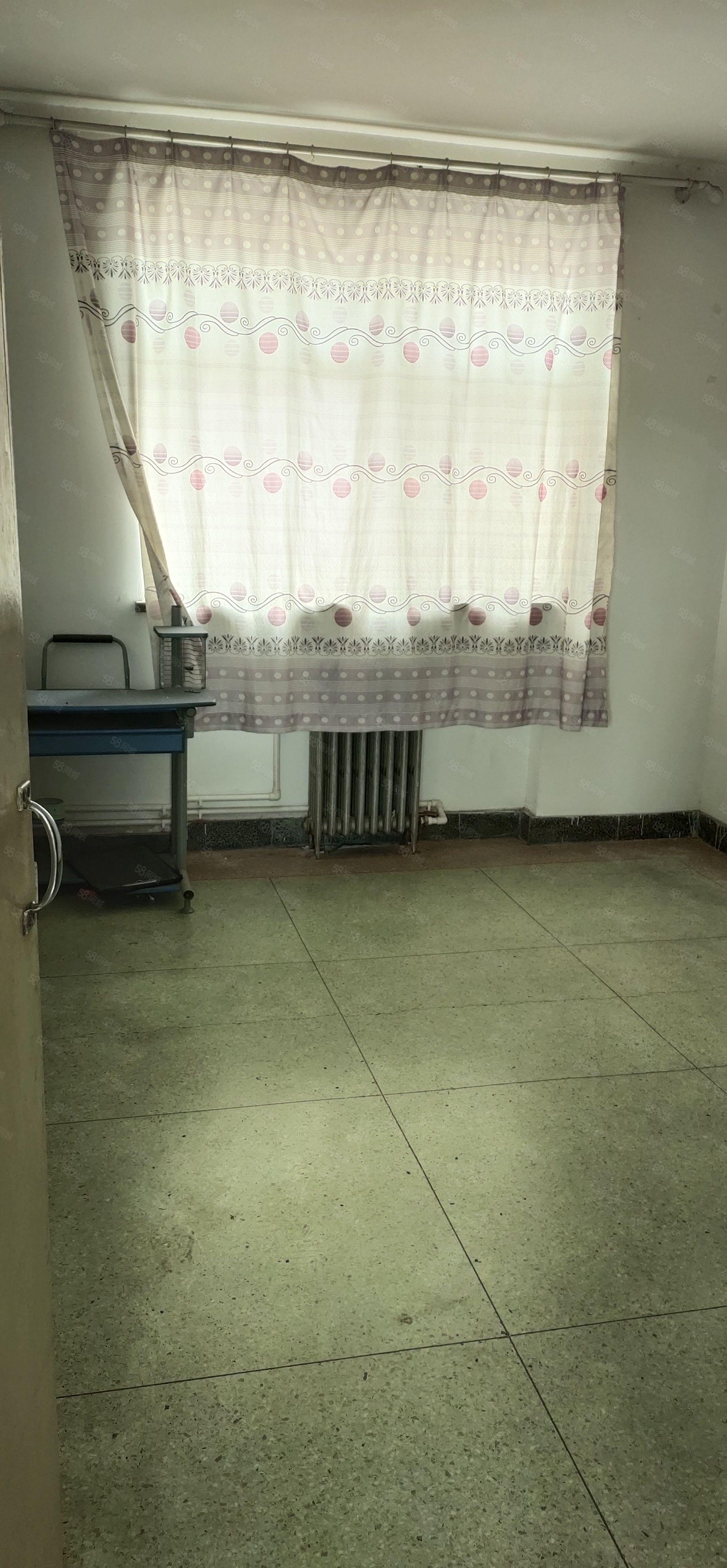 棉麻宿舍小三居,可贷款,实验小学片区
