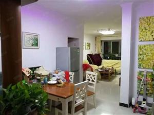 白鹭源大两房,契税满两年,有房本,随时可以看房。