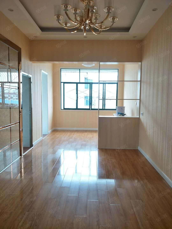好房子南浦路上,金信靴业附近,102平,3室2厅,三面采光,