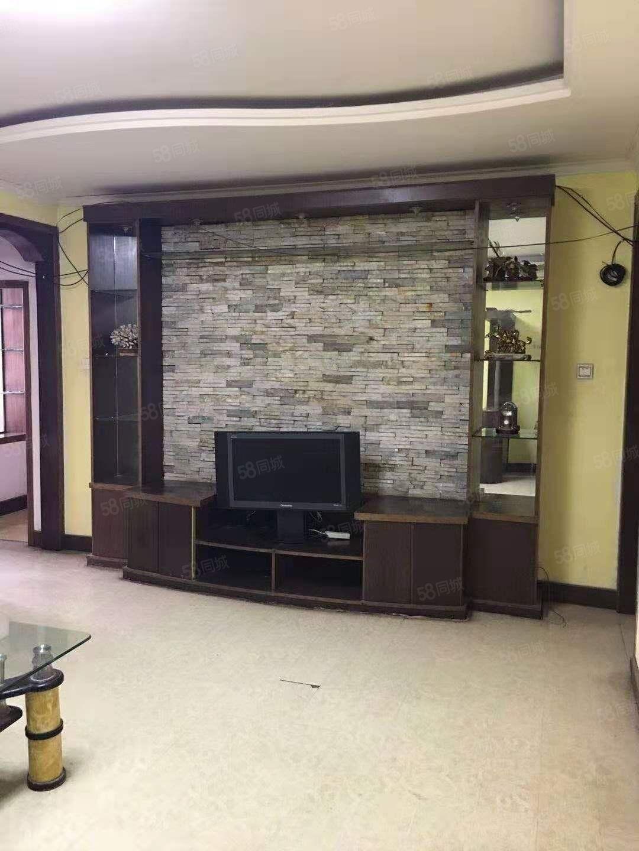 双月小区1楼家具家电齐全可拎包入住随时看房
