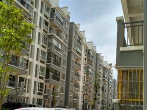 龙湖花园3期7楼顶楼带车位出售