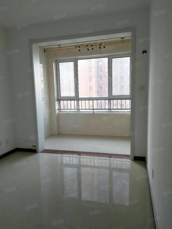 急售滨江豪庭10楼观景房免税可分期有钥匙随时看房
