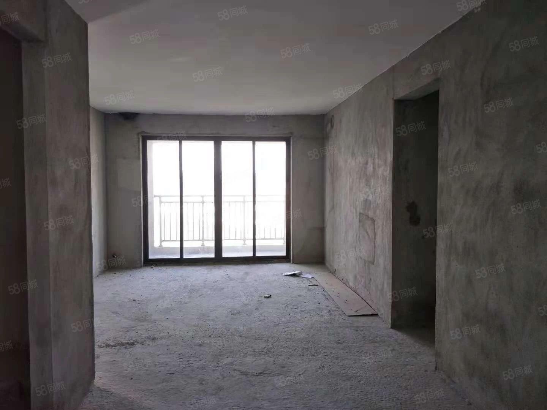 龙熙山,毛坯3房,电梯高层,南北对流,120平方,开价70万