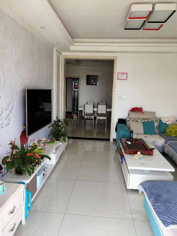 中南阳光92平方二室二厅精装带家具家电证已下可按