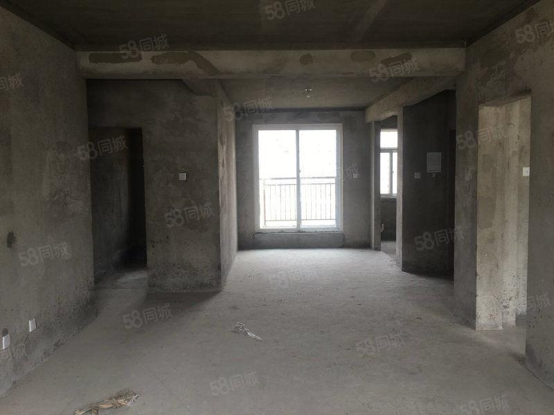 碧桂园洋房东边户139平方99万四室两厅采光好随时看房