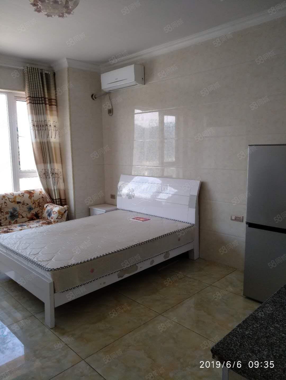 麒龙国际单身公寓出租家电齐全拎包入住看房请提前联系!