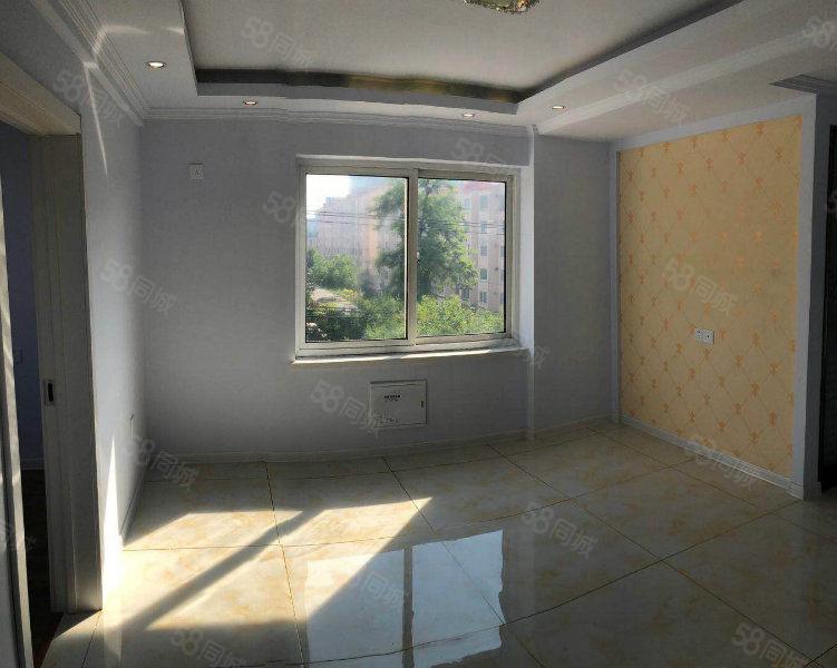 春熙家园55平,精装修,明厅明厨,采光好,4层可贷款。