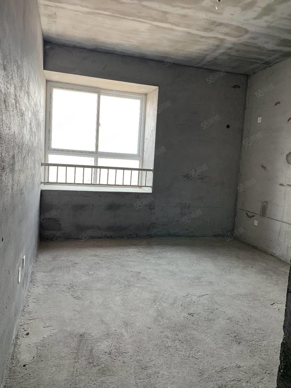 (可按揭)城南大产权水木清华电梯中层120平南北通透