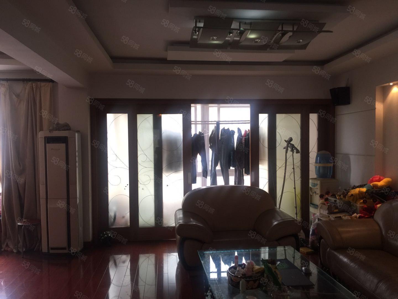 景江花园小顶复114平70平中装修送超大露台228万