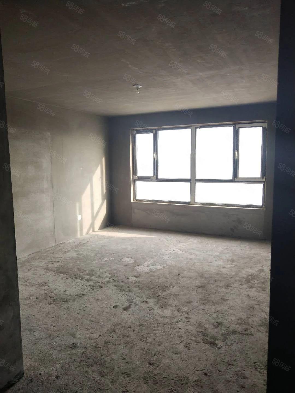 急售万意豪门21楼,威尼斯人娱乐开户乐格局,保二四中学驱,不冷山,位置好