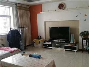 怡凤小区低层双卫带家具家电可贷款