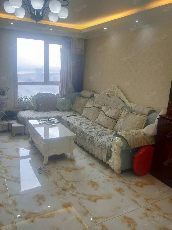 御龙苑电梯楼精装房两室一厅拎包入住可续贷