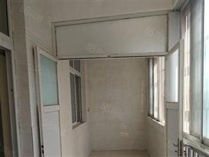 另外出售和谐小区好房子一手合同能分期107平两室两厅18楼