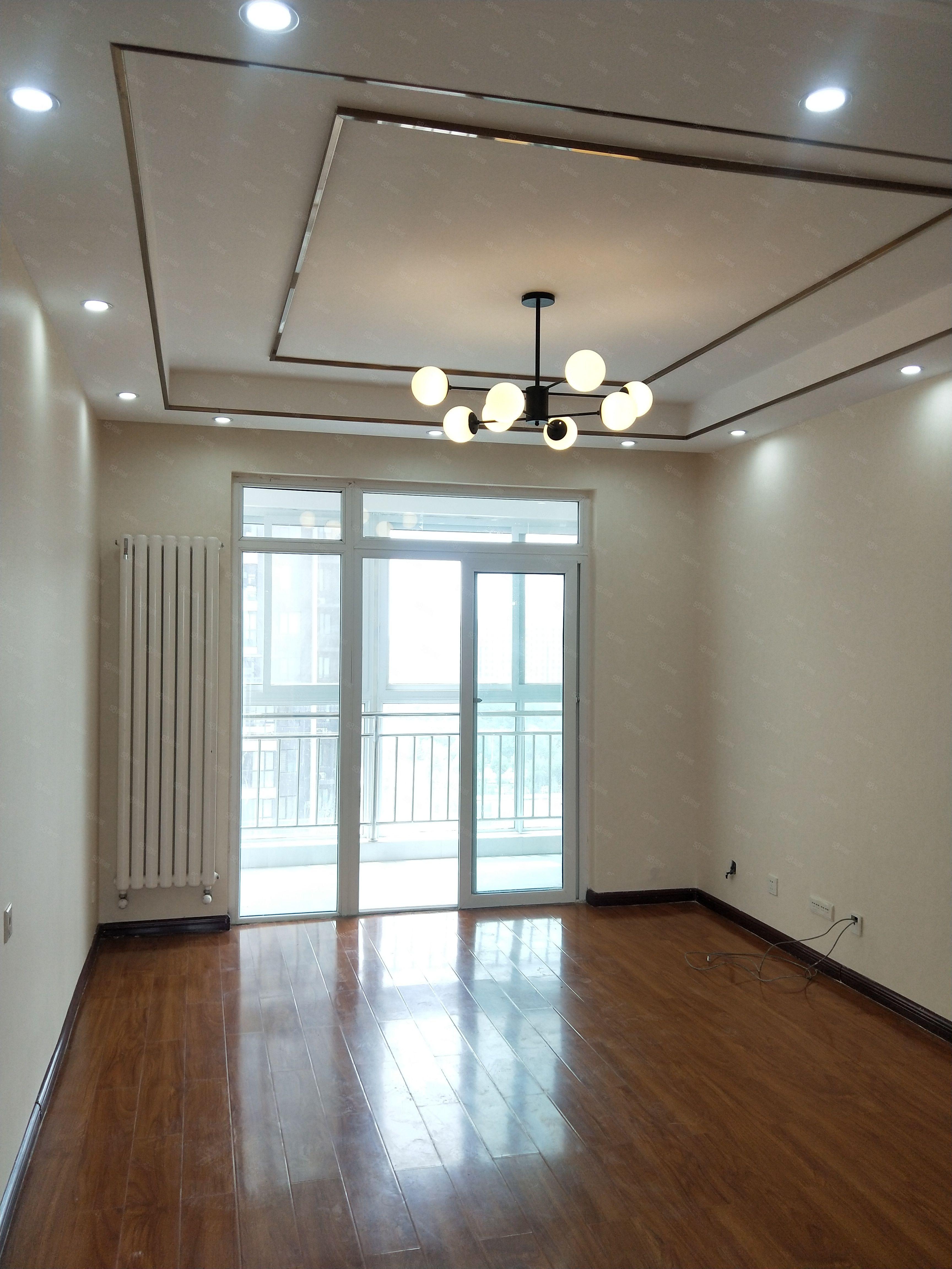 建業桂圓南北通透小三室已裝修65萬誠意出售隨時看房