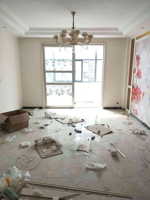 清华学府大三室出售精装一次未住可以按揭