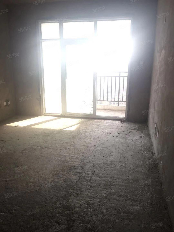 左岸小镇电梯复试洋房纯边户6+1可分期钥匙在手随时看房