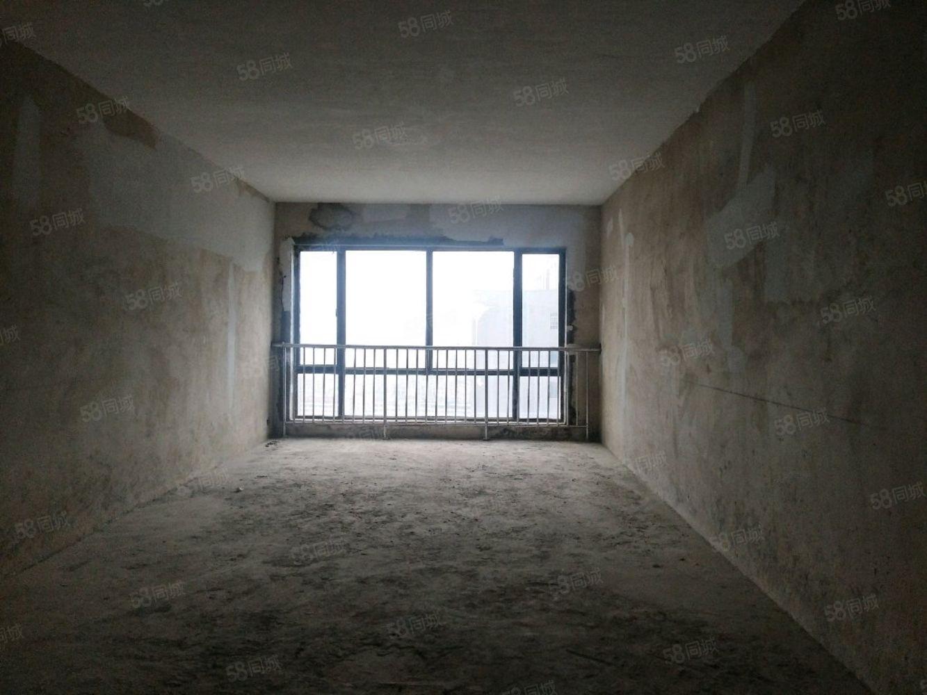 华都嘉园毛坯现房143平,3室2卫,可按揭,低首付