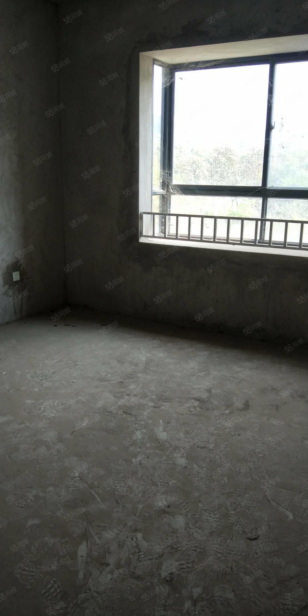 900文庭雅苑毛坯房116平米在3楼总6层可以按揭贷款
