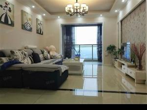 豪华装修30万全送、高楼层的三室、正对中庭、户型巴适