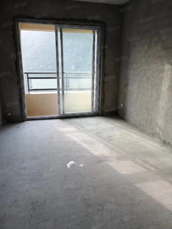 克拉大都��高��与�梯房�野�_����3室2�d
