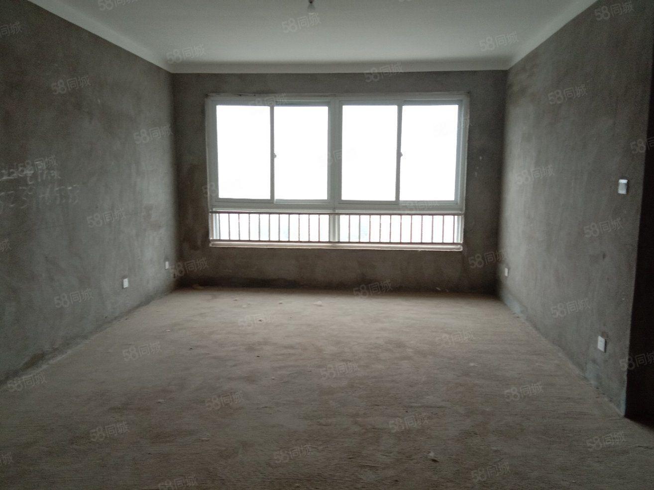 业主急卖现代城二多层电梯房三室两厅一卫采光无敌