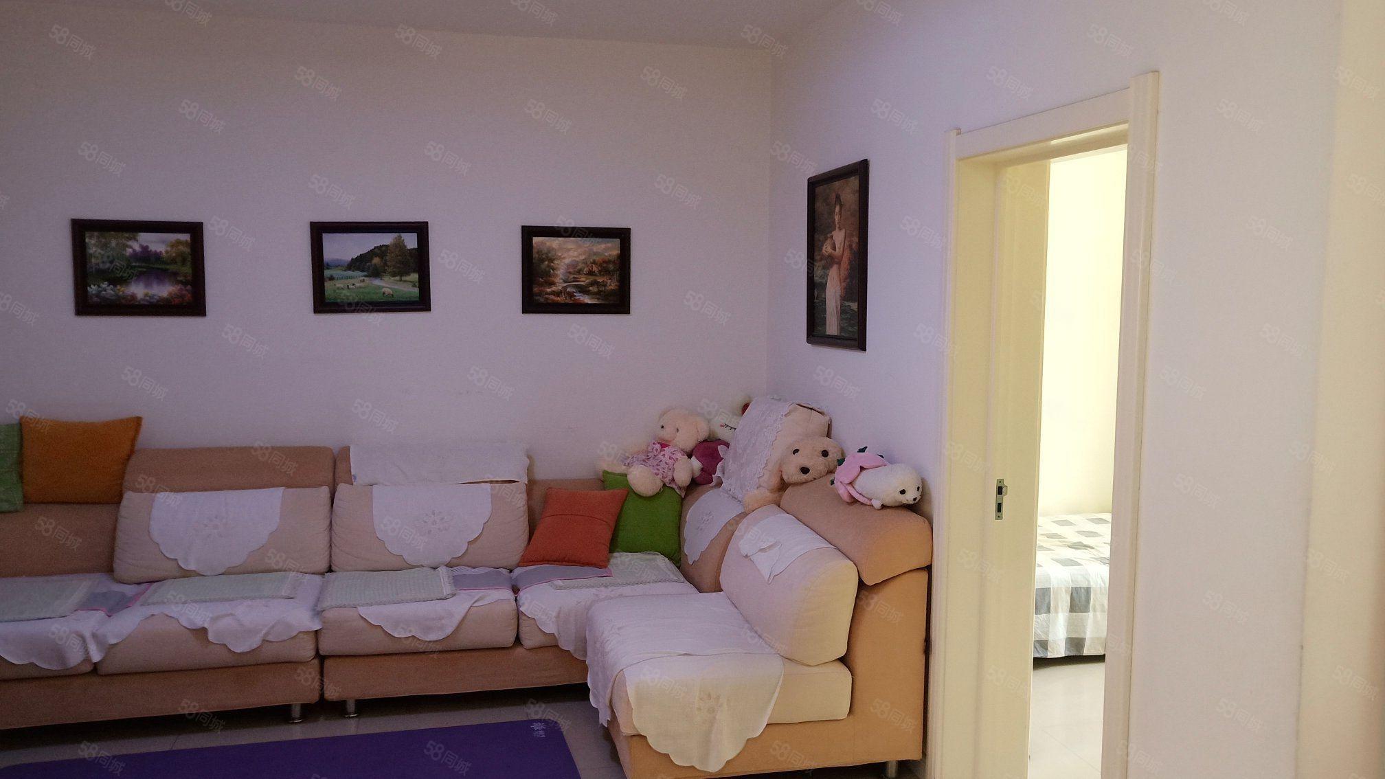 亨达名苑正四楼两室一厅南北通透精装修74平