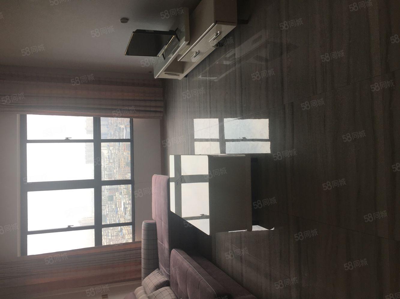 星河灣電梯房2室2廳家具家電齊全