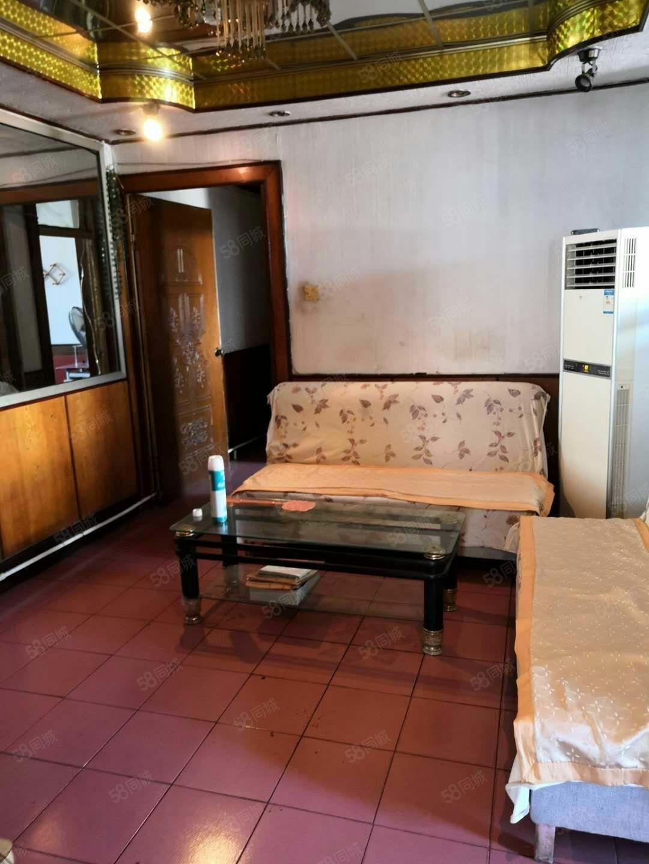 整租北园小区三室两厅精装修拎包入住