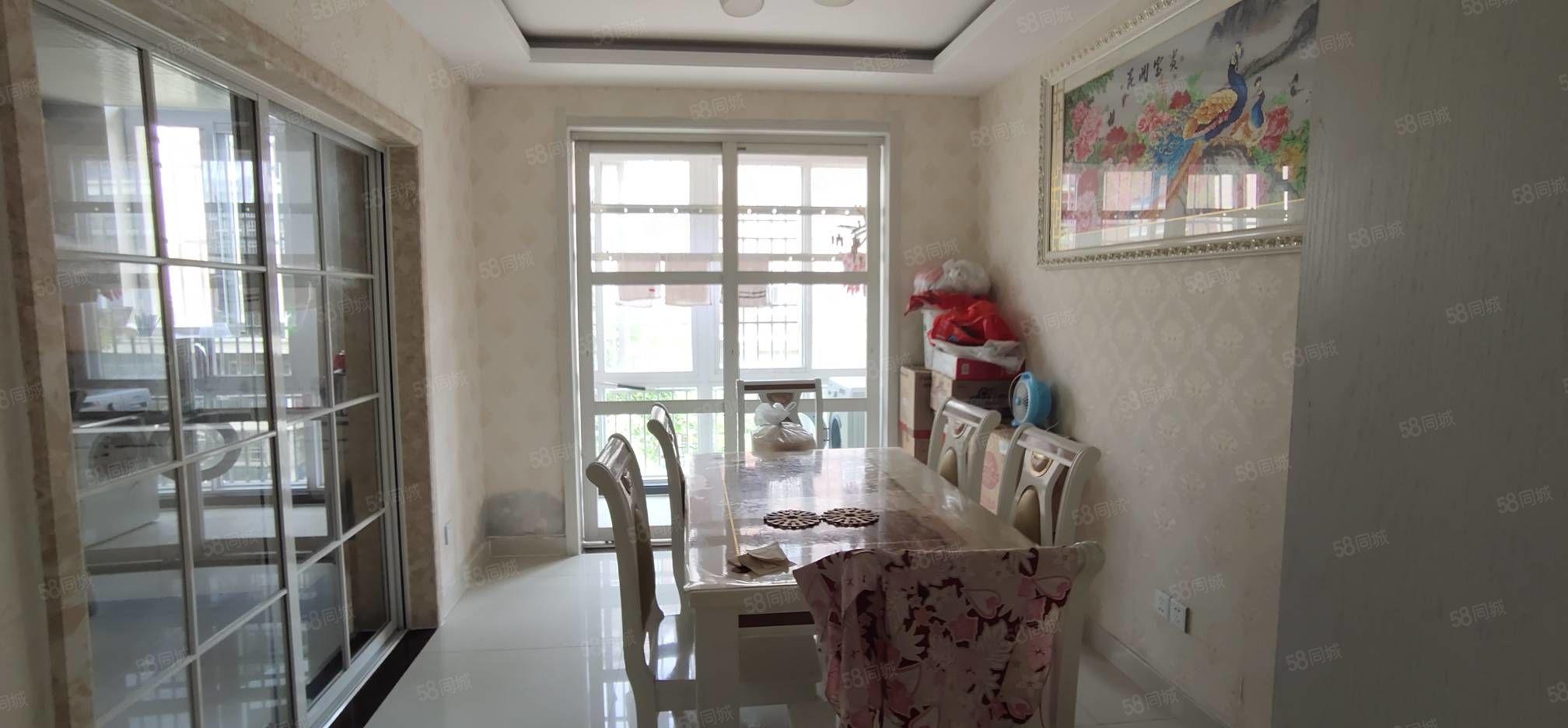 熱 銷新房全優的生活配套環境絕   優 美。